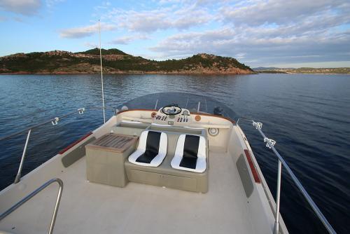 Riva-48-sunshine-escursioni-noleggio-barca-sardegna-isola-tavolara-5