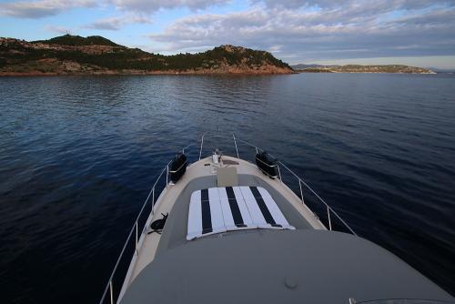 Riva-48-sunshine-escursioni-noleggio-barca-sardegna-isola-tavolara-6